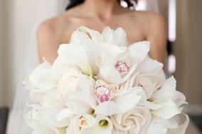 Teddy Bear Bridal Flowers