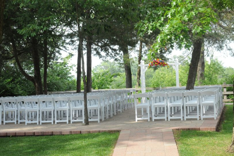 Wedding ceremony set-up at starved rock lodge & conference center