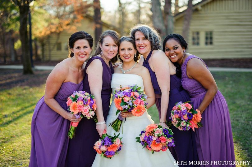 The bride with her bridesmaid at starved rock lodge & conference center