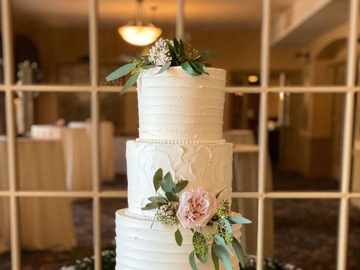 Tmx Fullsizeoutput D2 51 195279 157826865890191 Lebanon, Pennsylvania wedding cake