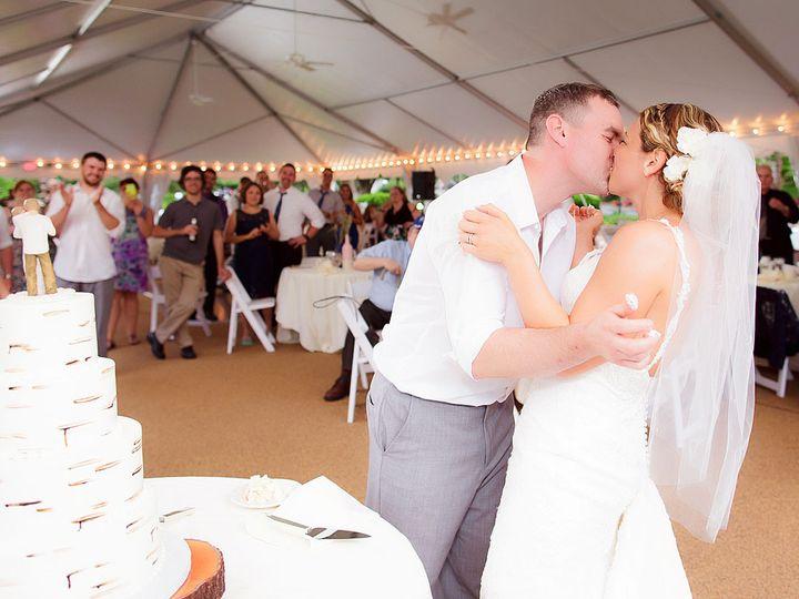 Tmx W7 51 616279 Meriden, Connecticut wedding officiant