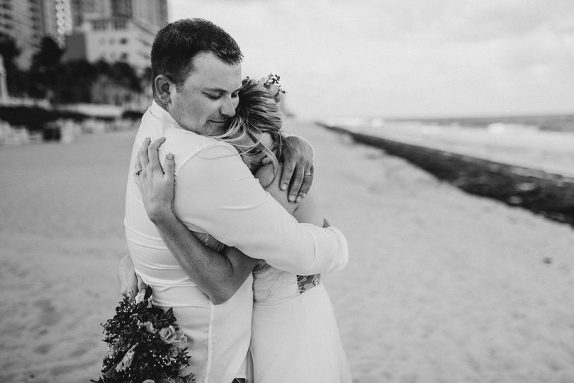 ce98913d25572810 Fort Lauderdale beach wedding Pelican Grand