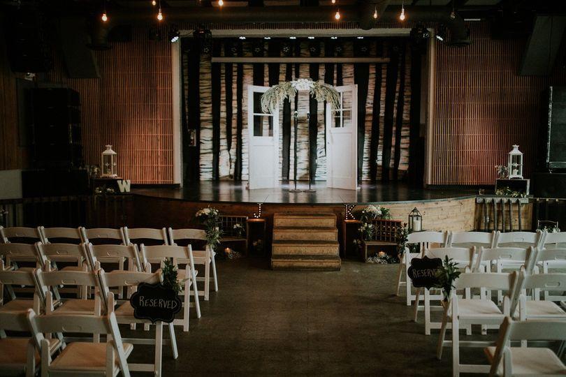 wedding 51 1067279 1558403779