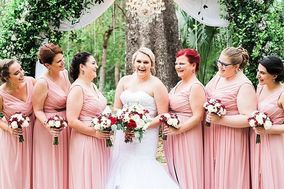 Brides N Blooms Wholesale and Designs