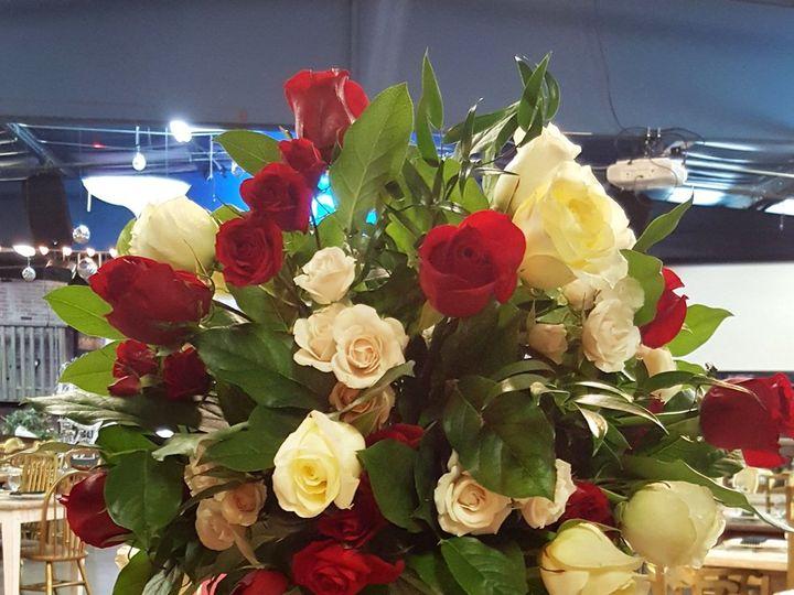 Tmx 1528914726 A080d6c8e3fda1a3 1528914723 614dc97ced8b81e3 1528914720229 3 Roses Tall Candles Tampa, FL wedding florist