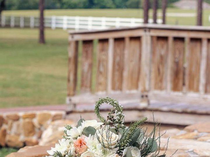 Tmx 1528919092 A368af71acda3a66 1528919090 28fc54f62d317411 1528919088893 4 Bouquet Tampa, FL wedding florist