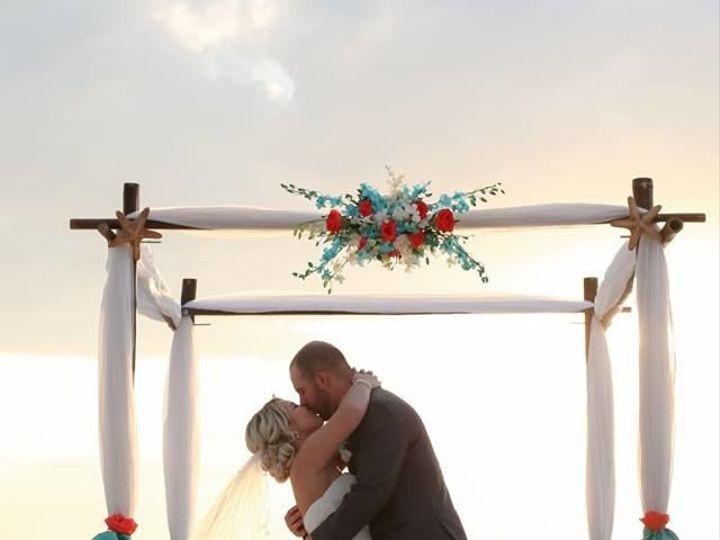 Tmx 1530204006 Dded0e02cbdb1a27 1530204005 2c729057729847e7 1530204003560 1 Bride  Groom  Arch Tampa, FL wedding florist