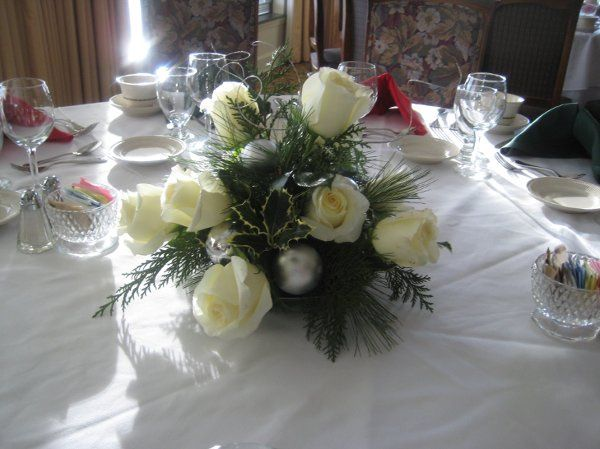 Simple winter centerpiece