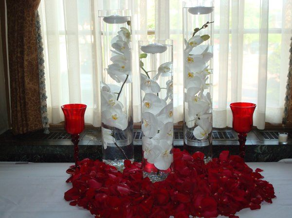 Floating orchids for your card table