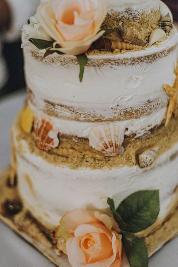 Sweet Kisses Cake