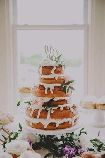 3 tier cinnamon roll cake