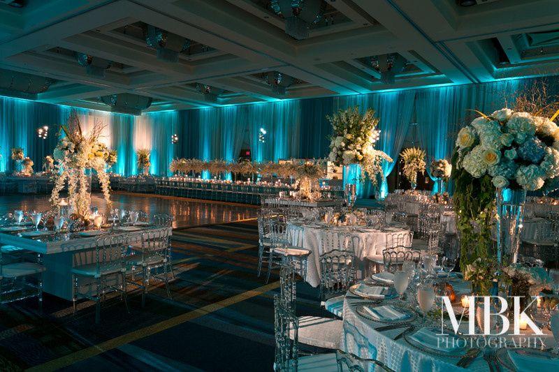 Blue reception uplighting