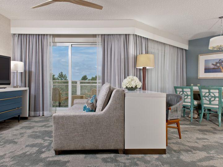 Tmx Chesa P232 Guestroom Chesapeake Suite Parlor 3 51 3379 V1 Cambridge, MD wedding venue