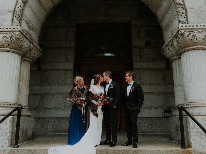 Tmx 1522890116 3ee11aad125b6457 1522890115 315d7ca6762e65ee 1522890112767 4 Annapagephoto Laur Milwaukee wedding eventproduction