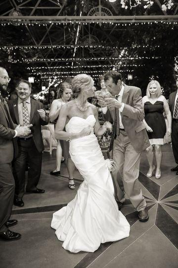 cad2fed1c0508635 1523999495 17e5280d707069a5 1523999494420 1 La Caille Wedding