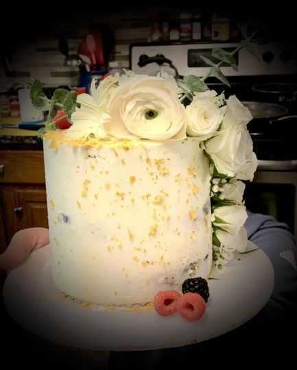 Barrel cake with cascading florals