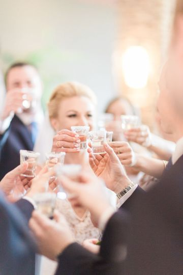 Champagne toast | Photo Credit: Sisterlee Photography