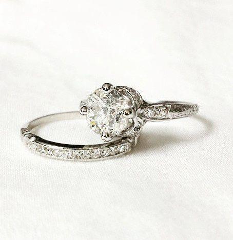 Elegant engagement ring