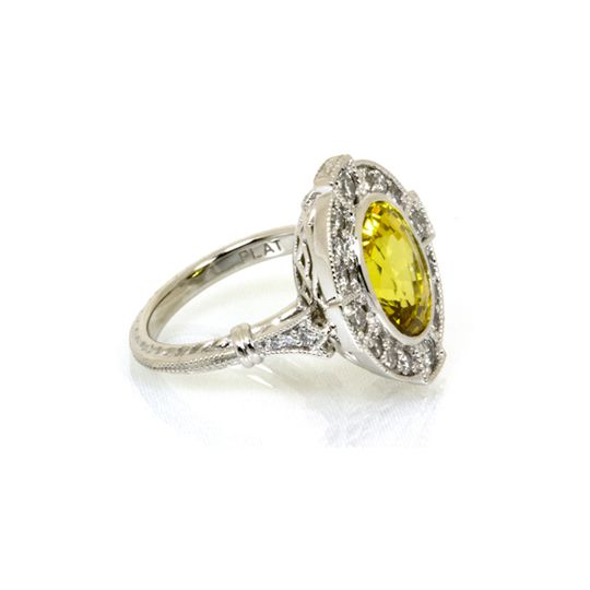 Silver ring with yellow song