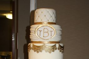 Crystals and Cream Luxury Custom Cakes