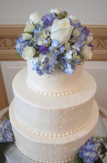 Blue and purple cake decoration