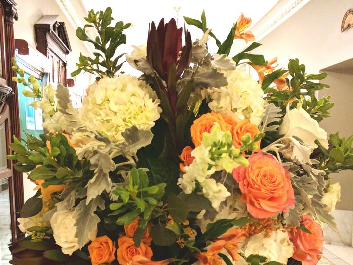 Tmx 1485963612999 Azumarcweddingurn Philadelphia, Pennsylvania wedding florist