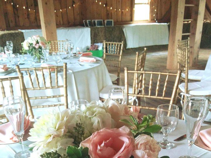 Tmx 1485982148213 Creampinkbarncenterpieces Philadelphia, Pennsylvania wedding florist