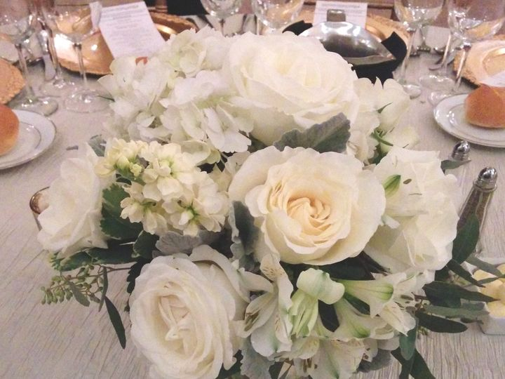 Tmx 1486003531251 Creamandsilvercenterpiece Philadelphia, Pennsylvania wedding florist