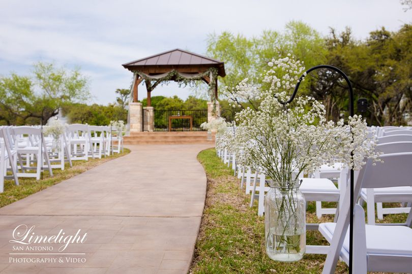 Elegant Outdoor Wedding Ceremony Site Near San Antonio: The Club At Garden Ridge