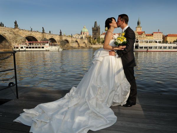 prague tailored wedding01