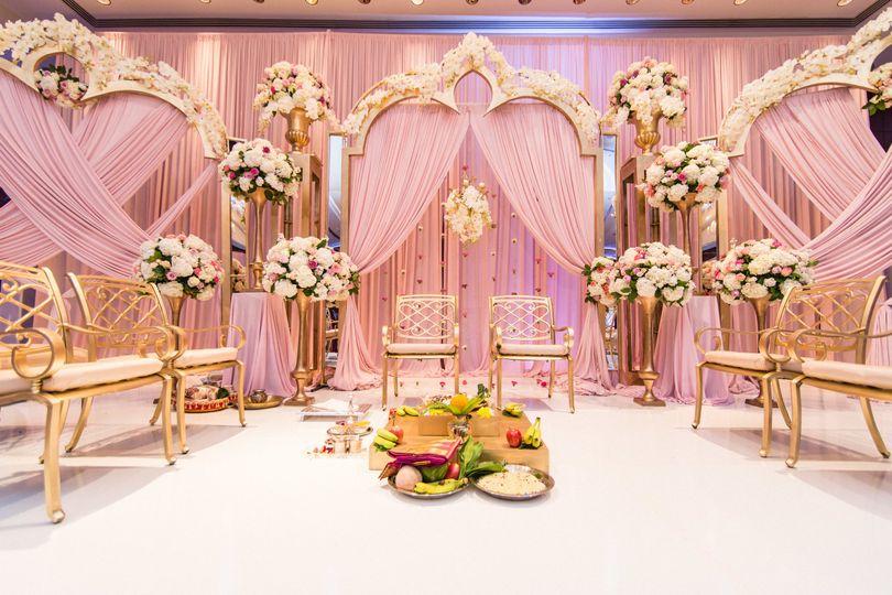 Floral reception decor