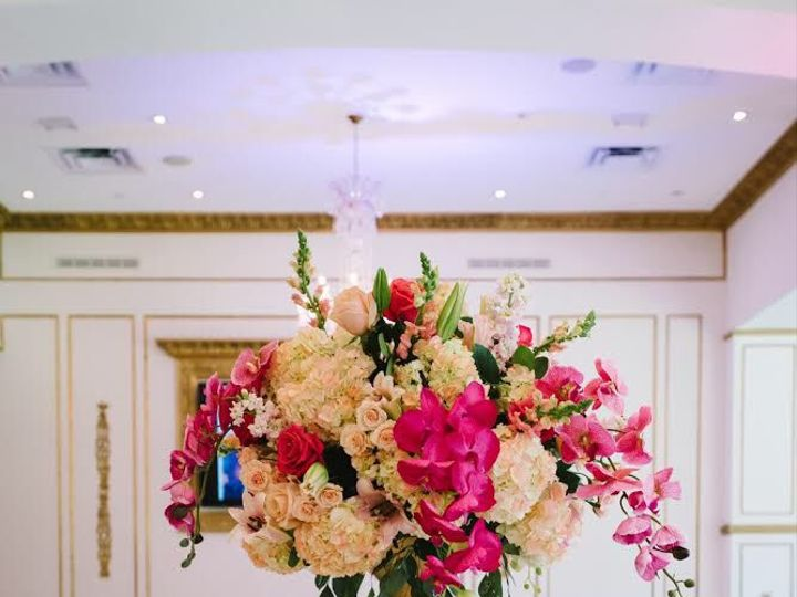 Tmx 1537415231 011f33b8fef938d7 1537415230 Ea1f07b8e186db72 1537415228920 9 IMG 8546 Dallas, Texas wedding florist