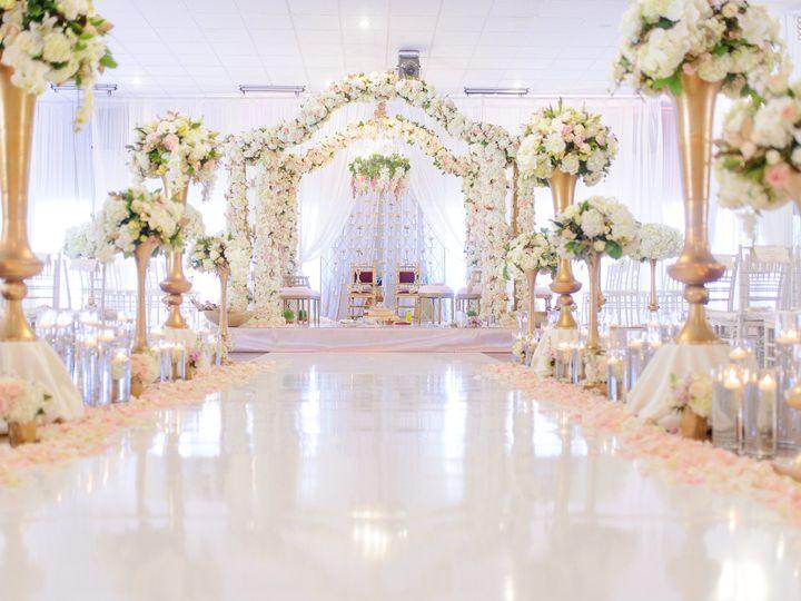 Tmx 1537415271 47f04824aa4925cf 1537415269 01ba6dfc57f020cc 1537415267217 11 Weddingday 0749 Dallas, Texas wedding florist