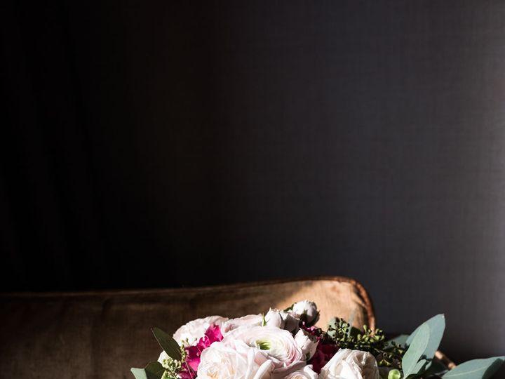 Tmx 1537415304 A37af02204eb31da 1537415303 966957149db59b03 1537415300827 13 832 W021718 6758 Dallas, Texas wedding florist