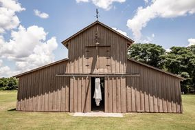Valley View Barn Wedding Venue