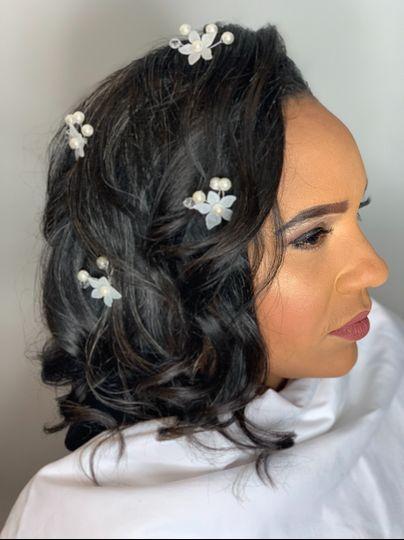 Bridal updo and natural makeup