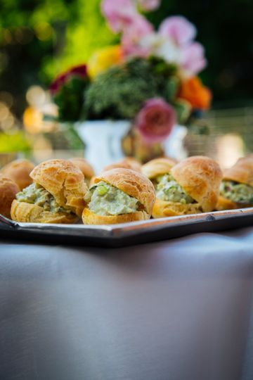 parmesan cheese puffs with basil chicken salad 5