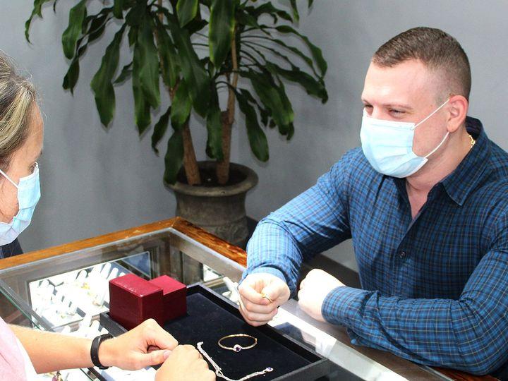 Tmx Alex Buying Resize Theknot 51 1189479 159855757537649 Leawood, KS wedding jewelry