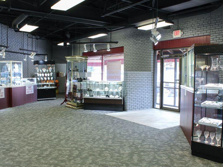 Tmx Inside 4 51 1189479 159855758926711 Leawood, KS wedding jewelry