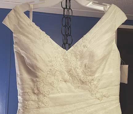 Tmx 1521266364 A98a14464484323c 1521266364 4f442e726bcfa43e 1521266362549 15 17757535 52431656 Asheville wedding dress