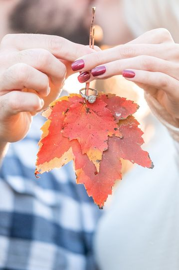 Caitlin and Zach - Leaf ring holder