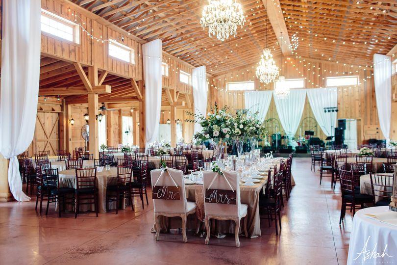 Elegant Barn Receptions