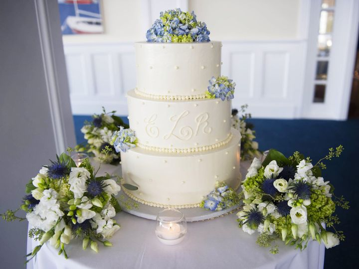 Tmx 1497113605342 Pbweddingscakemonogrambellehaven Darien, CT wedding catering