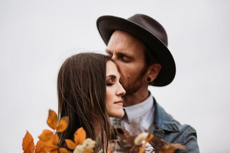burnsandcrowephotography adventure elopement bend oregon 8 51 1048579