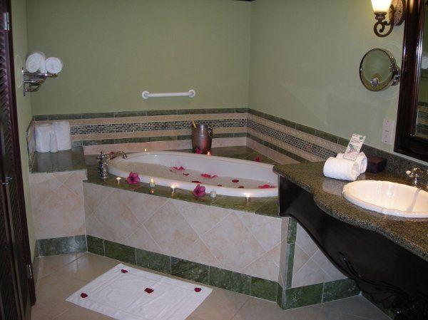 Tmx 1206906585549 BathroomVillagioOceanfrontOneBDRMSuitewithButler Annandale wedding travel