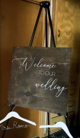 Rentable Wedding Sign