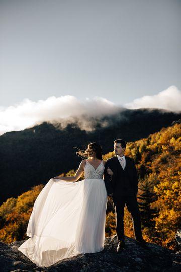 Mountainscape setting - Amanda Sutton Photography