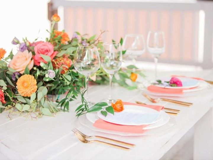 Tmx Color Of The Year Coral Paradise Cove Wedding A Chair Affair Farm Table Coral Napkin Gold Brushed Flatware 768x512 51 181679 Orlando, Florida wedding rental