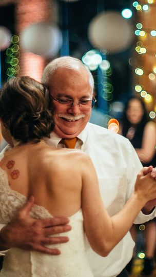 Sweet father and daughter dance