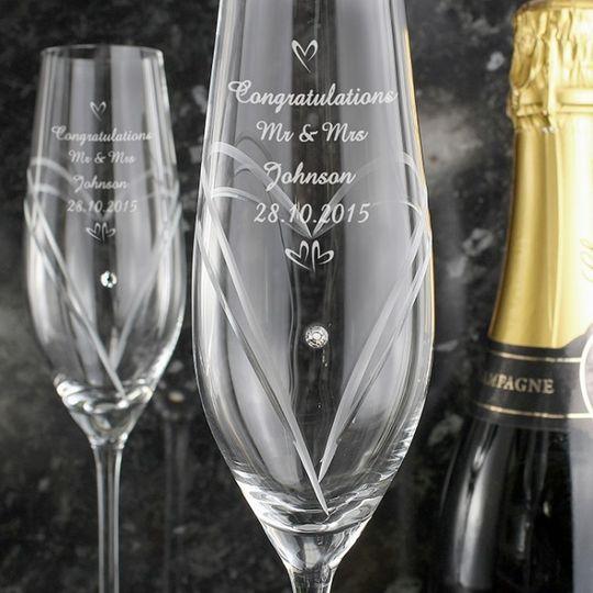 hand cut champagne flutes with swarovski diamante